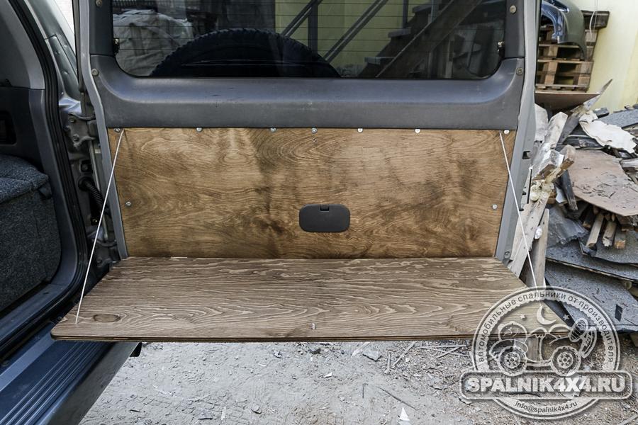 Откидной столик на заднюю дверь Тойота Прадо 95