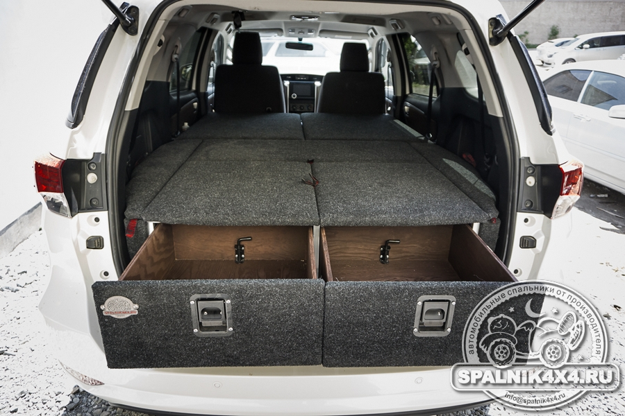 Автомобильный спальник для Toyota Fortuner второго поколения