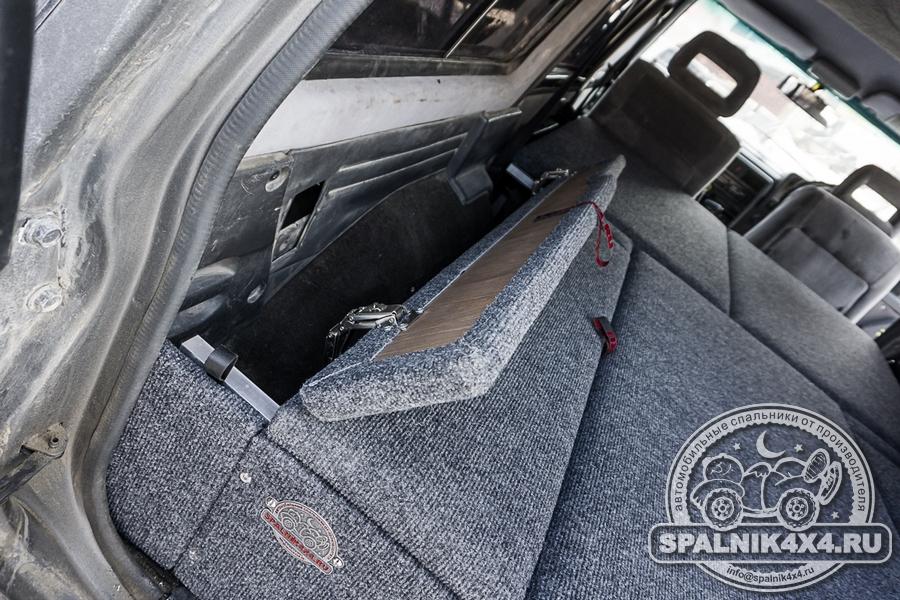 Нестандартный автоспальник для Ниссан Сафари / Патрол Y60 + откидной столик на заднюю дверь Nissan Safari / Patrol Y60