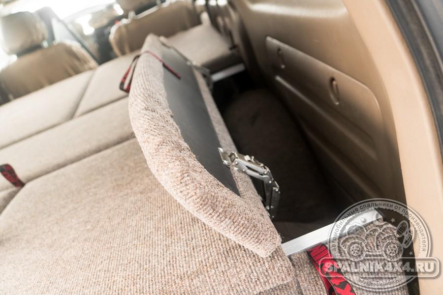 Автомобильный спальник стандартной комплектации для Тойота Сурф 185