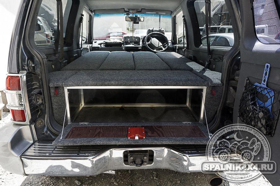 Автомобильный спальник для трехдверного MMC Pajero второго поколения. V21 V23