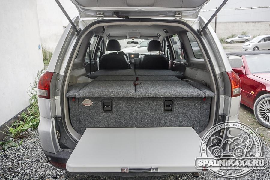 Автомобильный спальник с интегрированным экспедиционным столом для MMS Pajero Sport второго поколения. Паджеро спорт 2